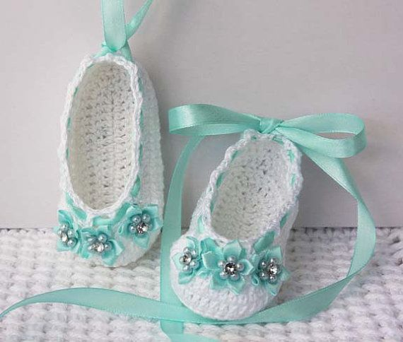 10 Cute Crochet Baby Booties 2015 Pattern For Eid Special 10 Cute Crochet Baby Booties 2015 Pattern For Eid Special 3