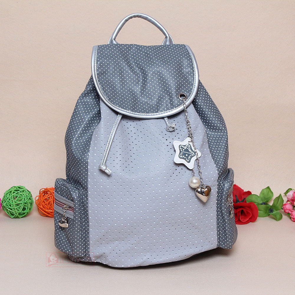 College Bags for Girls  10 Stylish School and College Bags for Girls 2015 10 Stylish School and College Bags for Girls 2015 College Bags for Girls 2015 8