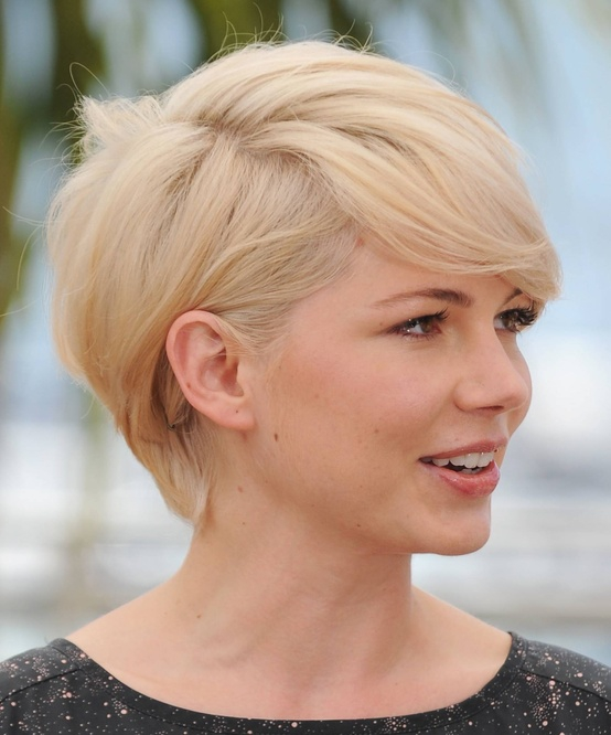 hairstyle-2  10 Winter Short Haircuts for Women 2015 hairstyle 2
