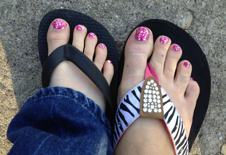 2015 Pink Matching Nails  12 Cute Mother and daughter with Matching Nails 2015 12 Cute Mother and daughter with Matching Nails 2015 230