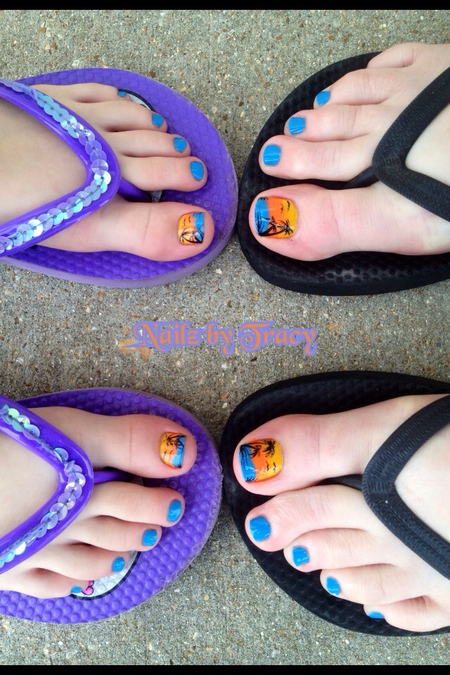 Blue nails 2015 12 Cute Mother and daughter with Matching Nails 2015 12 Cute Mother and daughter with Matching Nails 2015 525