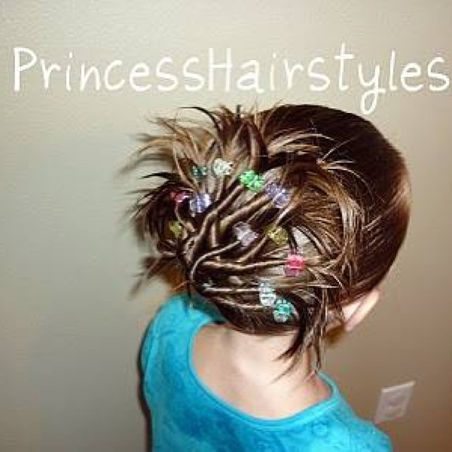 30 Cute and Easy Hairstyles for Girls 2015 30 Cute and Easy Hairstyles for Girls 2015 Easy Hairstyles for Girls 29