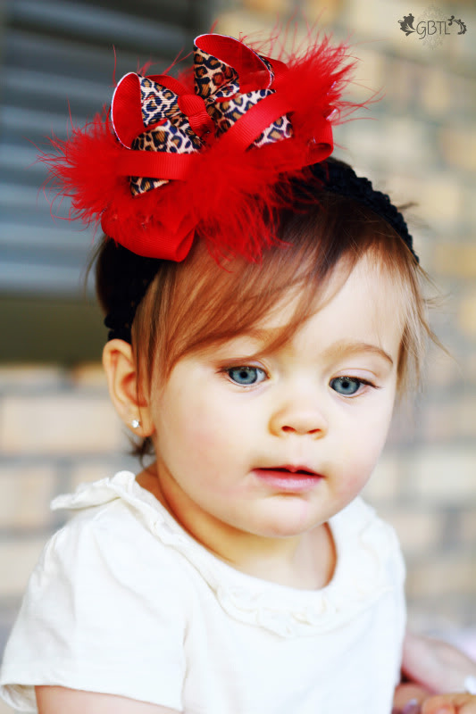 12 Beautiful Baby Girl Headbands with Big Bows 2015 12 Beautiful Baby Girl Headbands with Big Bows 2015 baby girl headbands with big bows 2015 1