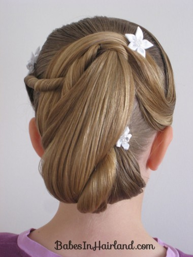 Girls-easter-hairstyles-for-parties-11 15 Cute Easter Hairstyles for Girls 2015 15 Cute Easter Hairstyles for Girls 2015 Girls easter hairstyles for parties 112