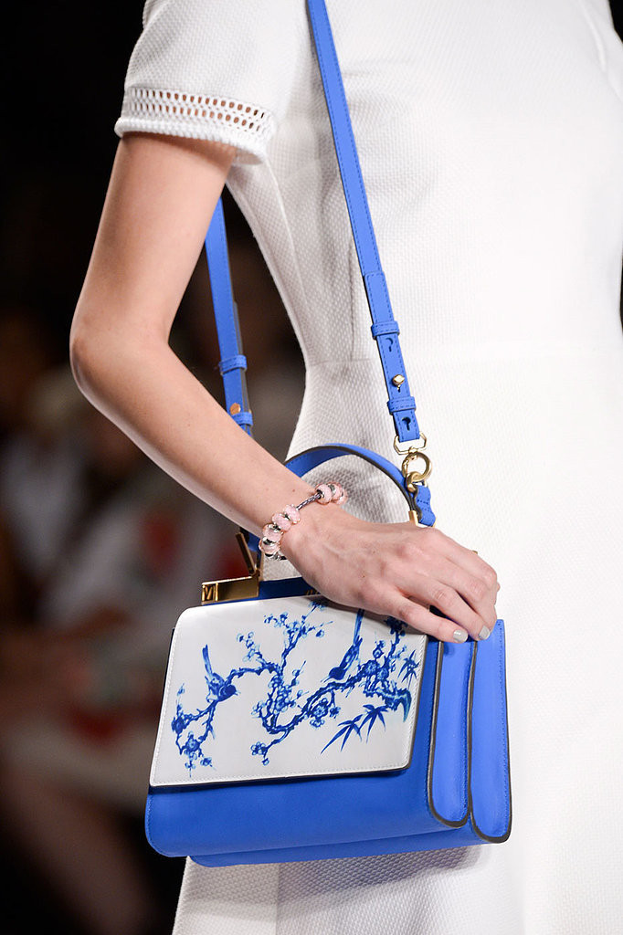 Vivienne-Tam-Spring-2015 35 Stylish Spring Handbags Trends 2015 35 Stylish Spring Handbags Trends 2015 Vivienne Tam Spring 2015