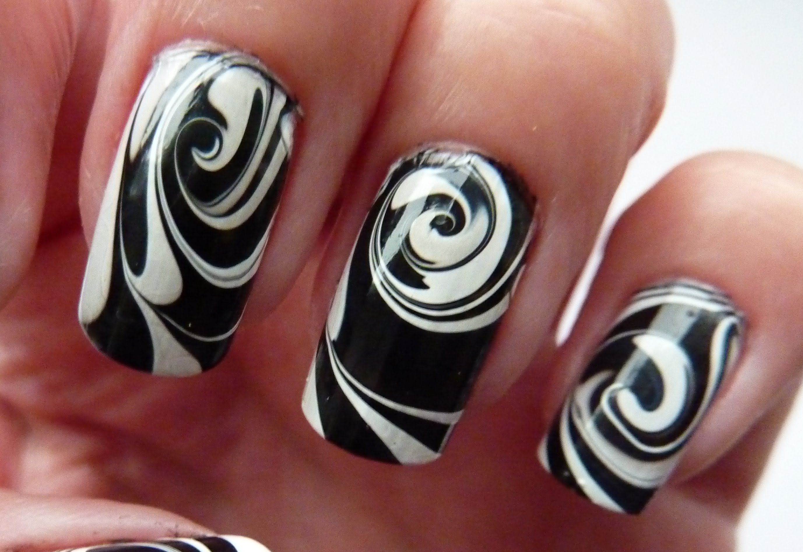 black and white nail art designs 12 25 Unique Black and White Nail Art Designs 2015 25 Unique Black and White Nail Art Designs 2015 black and white nail art designs 12