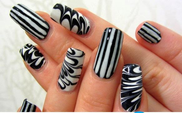 black and white nail art designs 7 25 Unique Black and White Nail Art Designs 2015 25 Unique Black and White Nail Art Designs 2015 black and white nail art designs 7