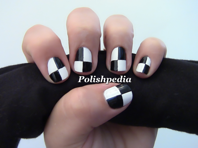 black and white nail art designs 9 25 Unique Black and White Nail Art Designs 2015 25 Unique Black and White Nail Art Designs 2015 black and white nail art designs 9