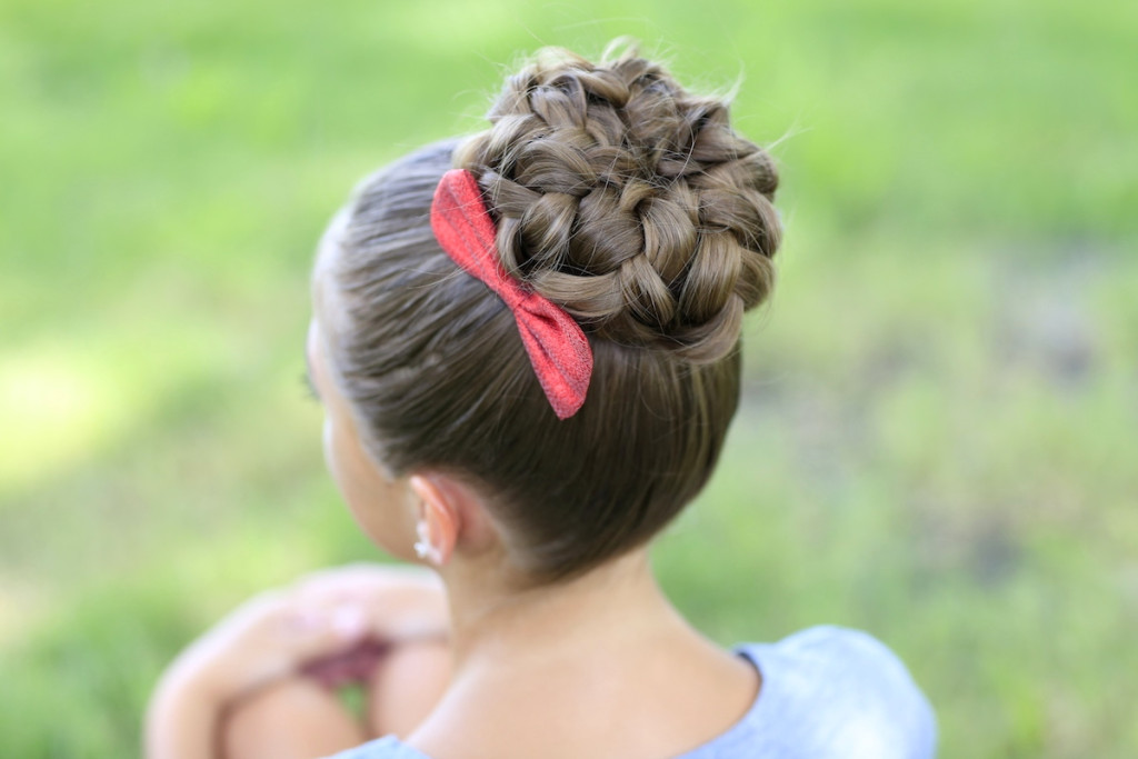 easter hairstyle 15 Cute Easter Hairstyles for Girls 2015 15 Cute Easter Hairstyles for Girls 2015 easter hairstyle3
