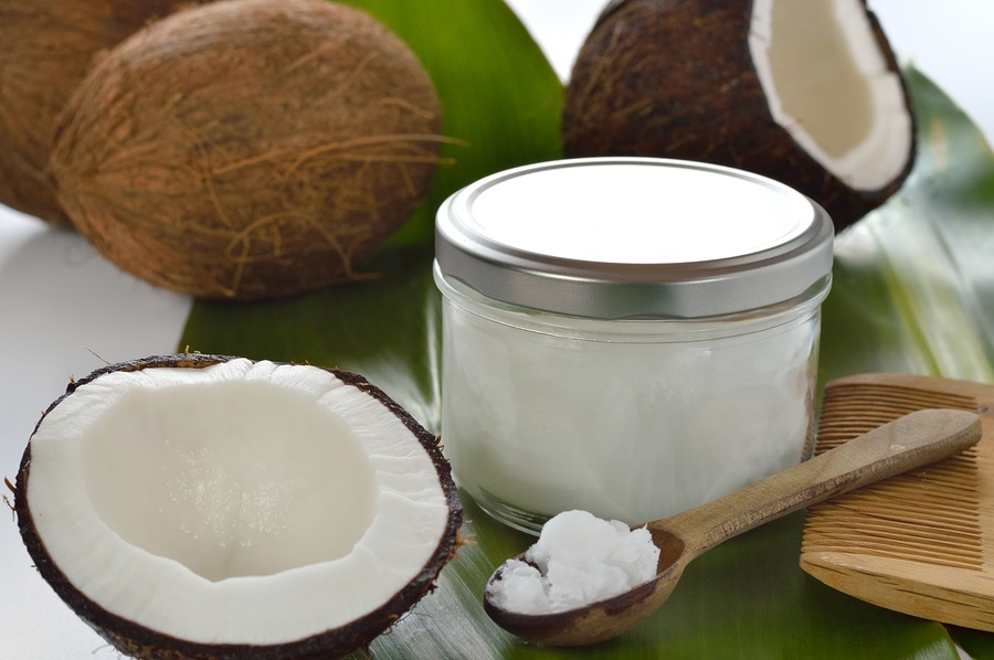 Best ways to use coconut oil for beauty care (4) How to use Coconut Oil for Beauty Care with 5 best ways How to use Coconut Oil for Beauty Care with 5 best ways Best ways to use coconut oil for beauty care 4