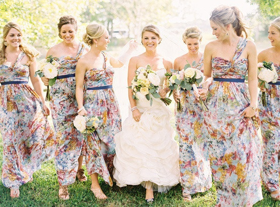 patterned bridesmaids - floral 2 26 Best Summer Bridesmaid Dresses 2015/16 26 Best Summer Bridesmaid Dresses 2015/16 patterned bridesmaids floral 2