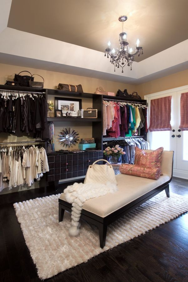 black-closet-envy 32 Ways to Organize Your Stuff Perfectly in Daily Routine 32 Ways to Organize Your Stuff Perfectly in Daily Routine black closet envy