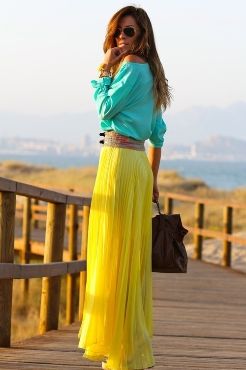 yellow-maxi-skirt 25 Colorful Long Maxi Skirts for Summer 2015/16 - Street Style Fashion 25 Colorful Long Maxi Skirts for Summer 2015/16 - Street Style Fashion yellow maxi skirt
