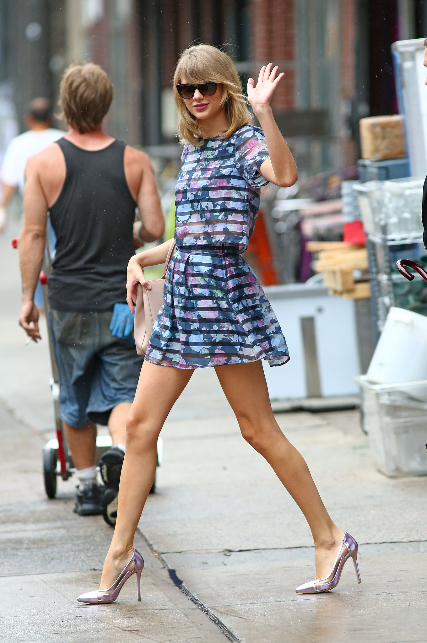 25 Taylor Swift 39 S Best Street Style 2015 Looks