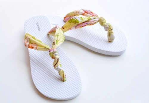 bright-diy-summer-sandals 18 Adorable Diy Summer Flip Flops For Girls 18 Adorable Diy Summer Flip Flops For Girls bright diy summer sandals