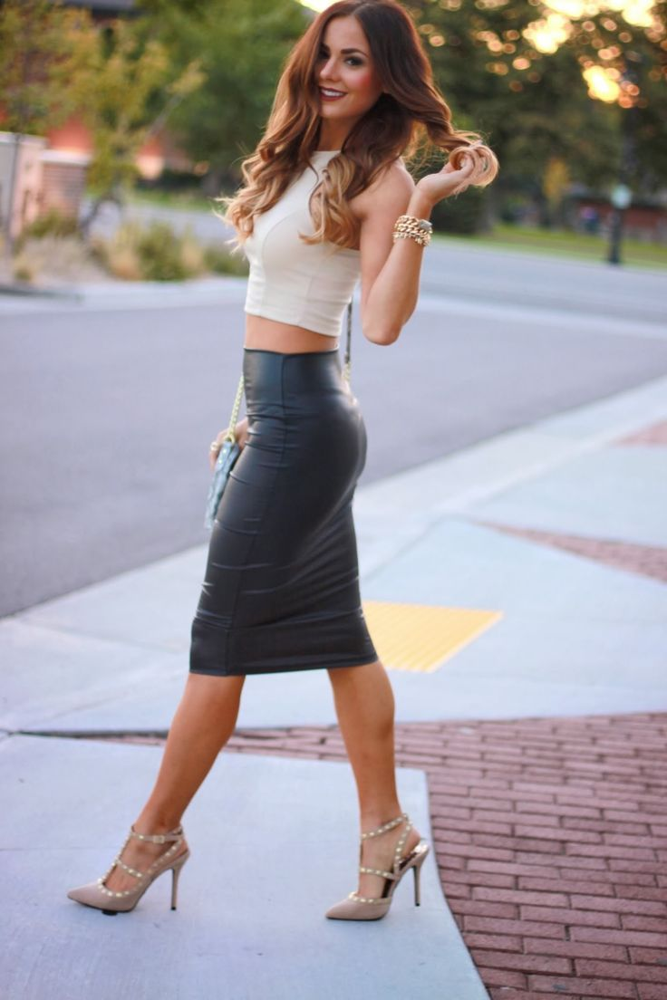 pencil-skirts-style Perfect Skirt Styles For Your Body Type Perfect Skirt Styles For Your Body Type pencil skirts style