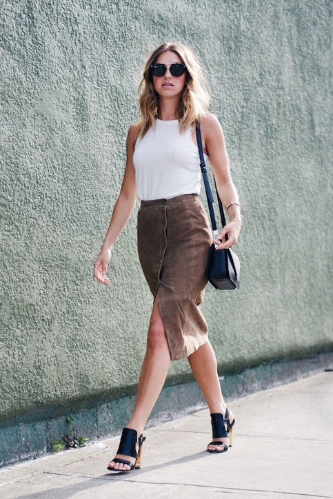 fall-fashion-suede-skirt 20 Suede Skirts With Stylish Outfit Ideas For Fall 2015 20 Suede Skirts With Stylish Outfit Ideas For Fall 2015 fall fashion suede skirt2